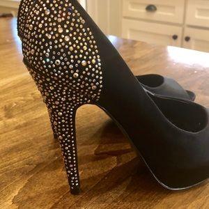 Steve Madden Shoes - ❤️NWT! Steve Madden rhinestone black peep toe heel